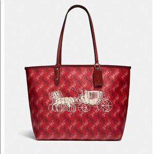 NWT Coach Reversible City Tote HorseCarriage Print